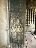 Χορευτής Apsara που χαράζεται στον τοίχο του Khmer αρχαίου ναού Prasat Bayon Το Angkor Wat σε Siem συγκεντρώνει, Cambodia Στοκ εικόνες με δικαίωμα ελεύθερης χρήσης