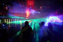χορεύοντας άνθρωποι Στοκ εικόνες με δικαίωμα ελεύθερης χρήσης
