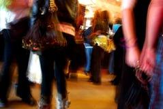 χορεύοντας γυναίκες σ&upsilo Στοκ Εικόνες