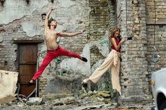 Χορεύοντας ζεύγος Στοκ εικόνα με δικαίωμα ελεύθερης χρήσης