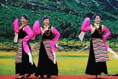 χορεύοντας θιβετιανές γυναίκες Στοκ φωτογραφία με δικαίωμα ελεύθερης χρήσης