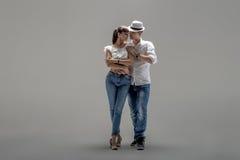 Χορεύοντας κοινωνικό danse ζεύγους στοκ εικόνες με δικαίωμα ελεύθερης χρήσης