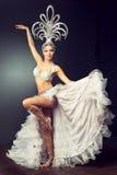 Χορεύοντας κορίτσι στο κοστούμι καρναβαλιού Στοκ φωτογραφία με δικαίωμα ελεύθερης χρήσης