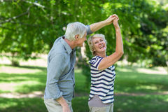 χορεύοντας πρεσβύτερος ζευγών στοκ εικόνες