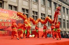 Χοροί δράκων της Κίνας Στοκ Φωτογραφίες