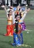 Χοροί Pendet στοκ φωτογραφίες