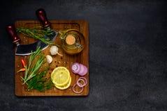 Χορτάρια και μαγειρεύοντας συστατικά με το διάστημα αντιγράφων Στοκ φωτογραφίες με δικαίωμα ελεύθερης χρήσης