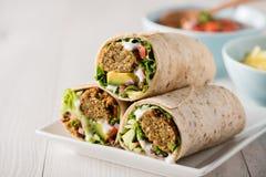 Χορτοφάγα περικαλύμματα falafel Στοκ Εικόνες