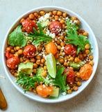 Χορτοφάγος chickpea σαλάτα Θρεπτικός, λαχανικά στοκ φωτογραφία με δικαίωμα ελεύθερης χρήσης