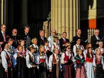 Χορωδίες στο νορβηγικό σύνταγμα ημέρα στις 17 Μαΐου Στοκ Εικόνες