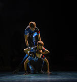 Χορός ανιχνεύω-πανεπιστημιουπόλεων Στοκ φωτογραφία με δικαίωμα ελεύθερης χρήσης