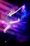Χορός γυναικών στοκ φωτογραφία με δικαίωμα ελεύθερης χρήσης