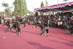 Χορός εκατοντάδων που οργανώνεται σε Sukoharjo στοκ εικόνα με δικαίωμα ελεύθερης χρήσης