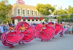 χορός ευτυχής Στοκ φωτογραφία με δικαίωμα ελεύθερης χρήσης