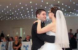 Χορός ζευγών Newlywed Στοκ Εικόνες
