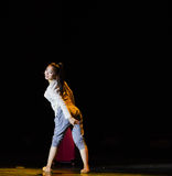 Χορός κορίτσι-πανεπιστημιουπόλεων ταξιδιού Στοκ Εικόνα