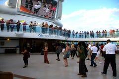 Χορός κρουαζιέρας Στοκ φωτογραφία με δικαίωμα ελεύθερης χρήσης