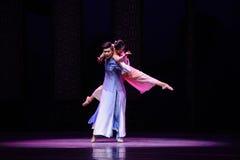 Χορός στη σεληνόφωτο-δεύτερη πράξη των γεγονότων δράμα-Shawan χορού του παρελθόντος Στοκ Εικόνες