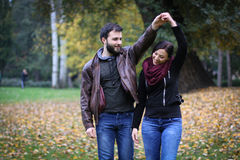 Χορός στο πάρκο στοκ φωτογραφίες