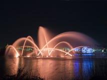Χορός του νερού και του φωτός Στοκ φωτογραφίες με δικαίωμα ελεύθερης χρήσης