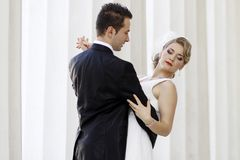 χορός newlyweds Στοκ εικόνα με δικαίωμα ελεύθερης χρήσης