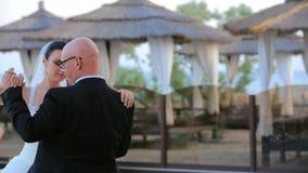Χορός Newlyweds φιλμ μικρού μήκους