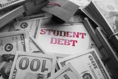 Χρέος δανείου σπουδαστών υψηλό - ποιότητα στοκ φωτογραφίες με δικαίωμα ελεύθερης χρήσης
