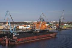 Χρέωση άνθρακα Στοκ φωτογραφία με δικαίωμα ελεύθερης χρήσης