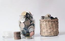 Χρήματα αποταμίευσης, εκτός από την έννοια αποταμίευσης χρημάτων Στοκ Εικόνα