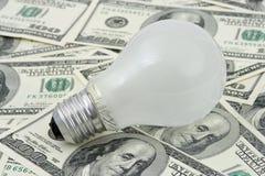 χρήματα λαμπτήρων ανασκόπησης στοκ φωτογραφία με δικαίωμα ελεύθερης χρήσης