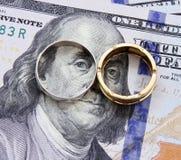 Χρήματα λογαριασμών δολαρίων του Franklin με το χρυσό και το ασήμι Στοκ Εικόνες