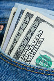 Χρήματα δολαρίων στην τσέπη Στοκ εικόνα με δικαίωμα ελεύθερης χρήσης