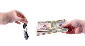 χρήματα πλήκτρων χεριών αυτοκινήτων Στοκ φωτογραφίες με δικαίωμα ελεύθερης χρήσης