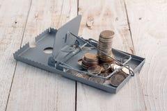 Χρήματα σε μια ποντικοπαγήδα στοκ φωτογραφία με δικαίωμα ελεύθερης χρήσης