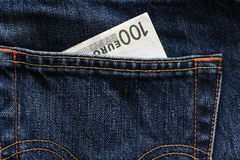 Χρήματα σε μια τσέπη στοκ εικόνα