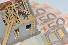 χρήματα σπιτιών Στοκ φωτογραφία με δικαίωμα ελεύθερης χρήσης