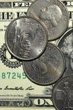 Χρήματα, τραπεζογραμμάτιο, Bill, Δολ ΗΠΑ, ευρώ, νομίσματα, πένα, δεκάρα, τέταρτο στοκ φωτογραφίες
