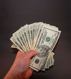 Χρήματα υπό εξέταση στοκ εικόνες με δικαίωμα ελεύθερης χρήσης