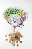 χρήματα χοανών Στοκ εικόνα με δικαίωμα ελεύθερης χρήσης