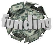 Χρήματα χρηματοδότησης Word σφαίρα νομίσματος του Μπιλ 100 δολαρίων Στοκ φωτογραφία με δικαίωμα ελεύθερης χρήσης