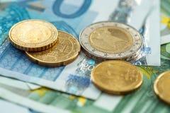 Χρήματα eurocoins και τραπεζογραμμάτια Στοκ εικόνα με δικαίωμα ελεύθερης χρήσης