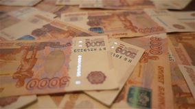 Χρήματα Fon - ρωσικά 5000 ρούβλια HD αργά φιλμ μικρού μήκους