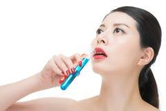 Χρήσης καλλυντικό υγρό φαρμάκων χημείας κατανάλωσης makeup ίσο Στοκ φωτογραφίες με δικαίωμα ελεύθερης χρήσης