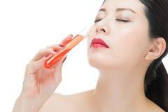 Χρήσης καλλυντικό υγρό φαρμάκων χημείας κατανάλωσης makeup ίσο Στοκ εικόνες με δικαίωμα ελεύθερης χρήσης
