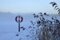 Χρηματοκιβώτιο στον πάγο Στοκ Εικόνες