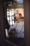 χρησιμοποίηση ατόμων lap-top Στοκ φωτογραφία με δικαίωμα ελεύθερης χρήσης