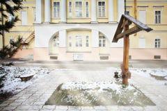 Χριστιανικός σταυρός χειμερινών τοπίων εκκλησιών Στοκ Εικόνες