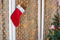 Χριστουγέννων δώρων διανυσματικό λευκό καλτσών απεικόνισης κόκκινο Στοκ φωτογραφία με δικαίωμα ελεύθερης χρήσης