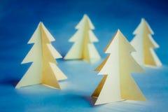 Χριστουγεννιάτικα δέντρα χαρτονιού Στοκ εικόνα με δικαίωμα ελεύθερης χρήσης