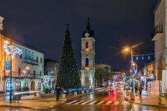 Χριστουγεννιάτικο δέντρο στην είσοδο στην παλαιά πόλη στοκ εικόνες με δικαίωμα ελεύθερης χρήσης